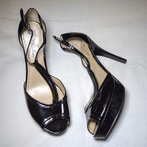 Marc Fisher Tippy 2 Black Platform Heel T Strap